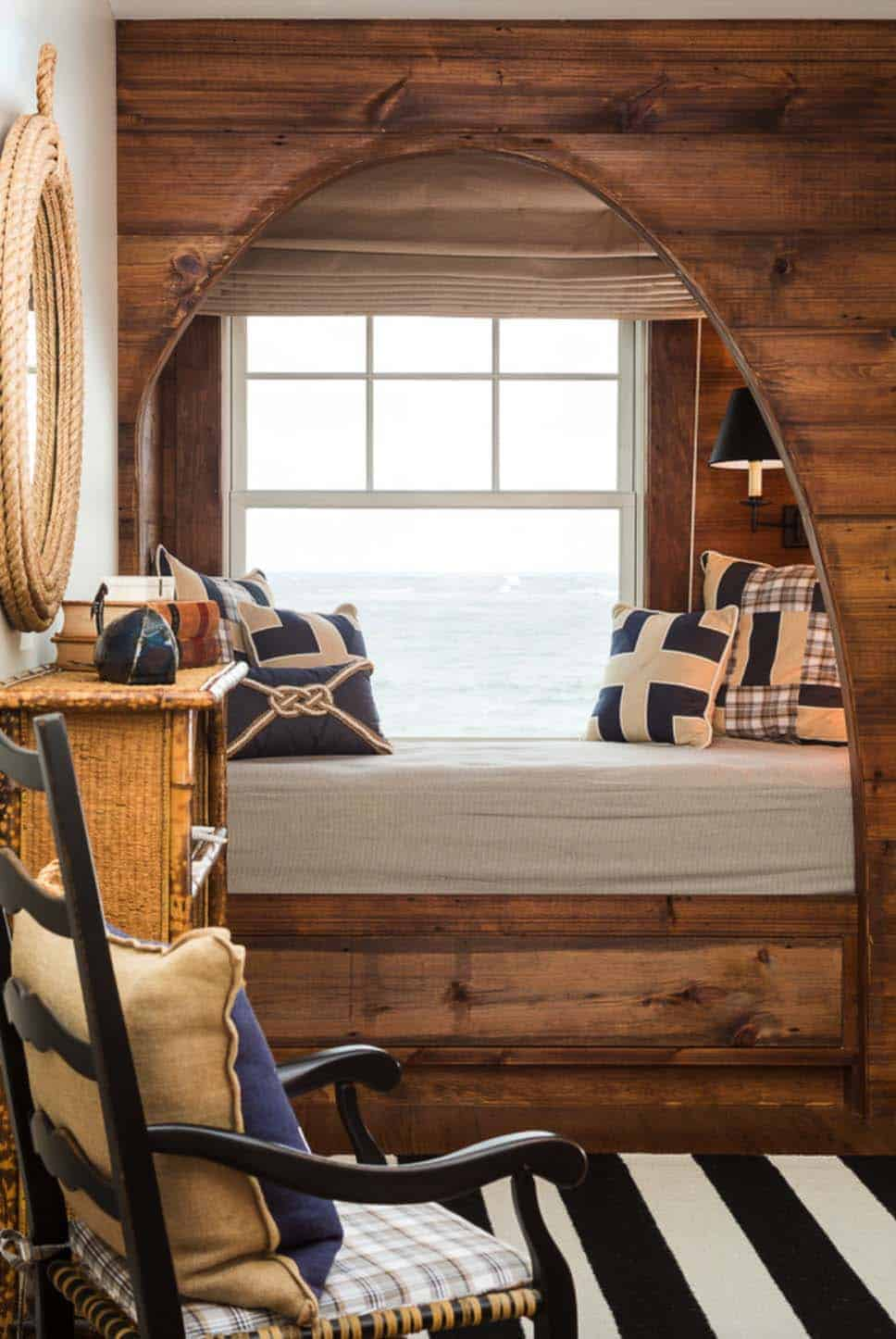 Cozy Reading Nooks For Lounging-01-1 Kindesign