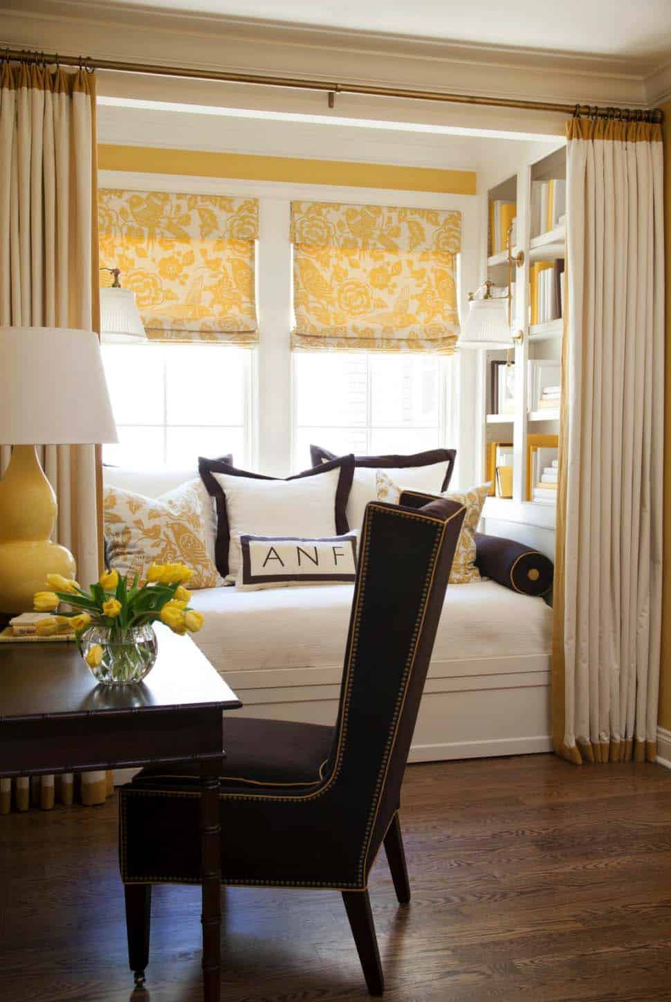 Cozy Reading Nooks For Lounging-03-1 Kindesign