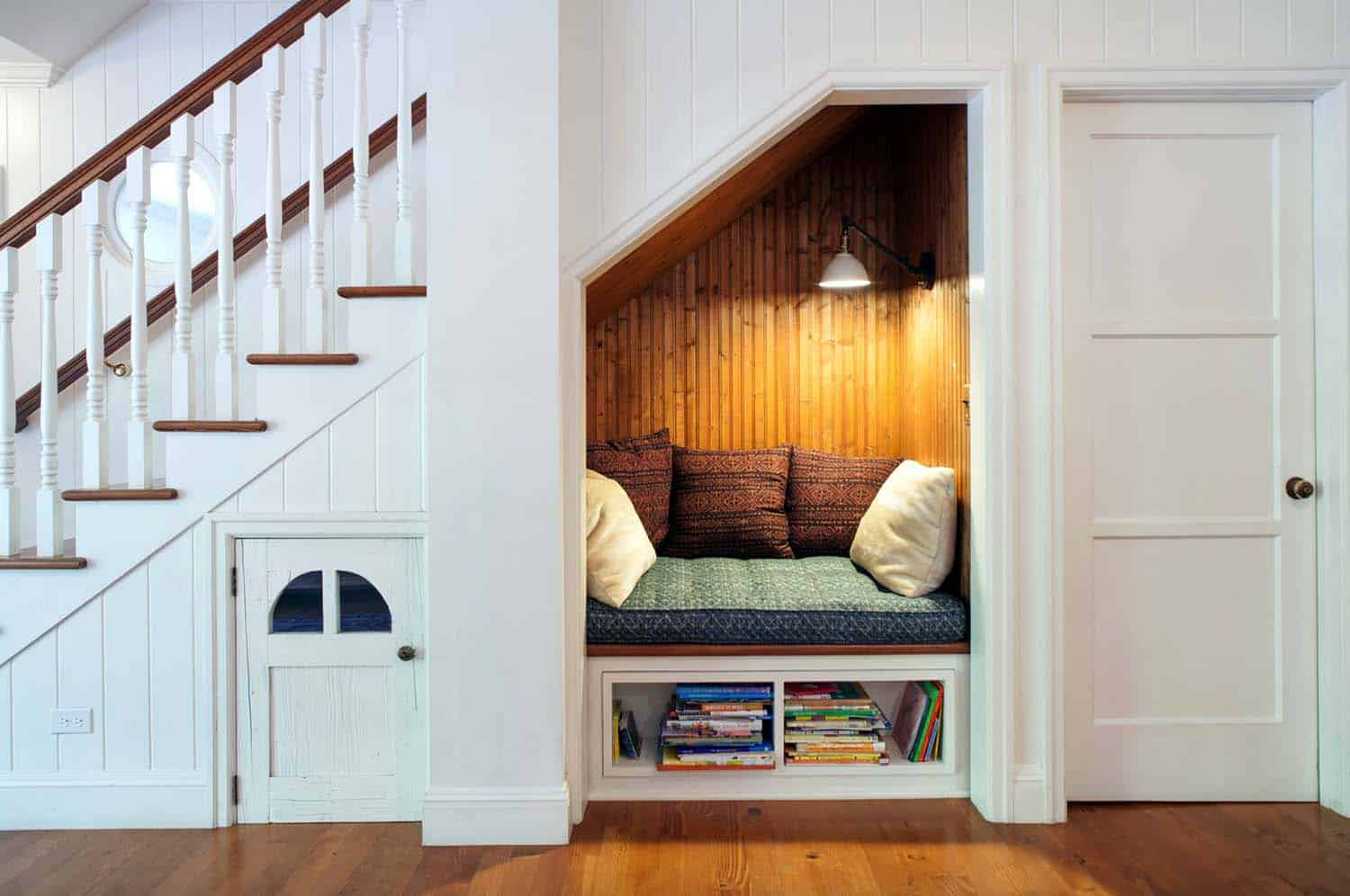 Cozy Reading Nooks For Lounging-04-1 Kindesign