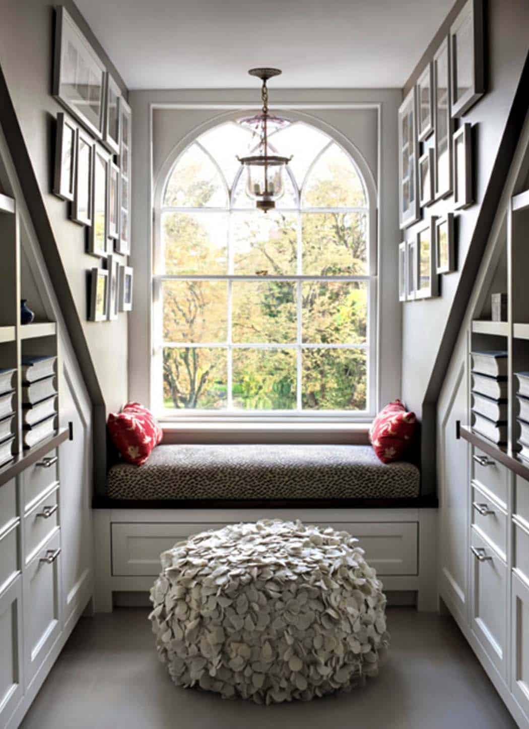 Cozy Reading Nooks For Lounging-23-1 Kindesign