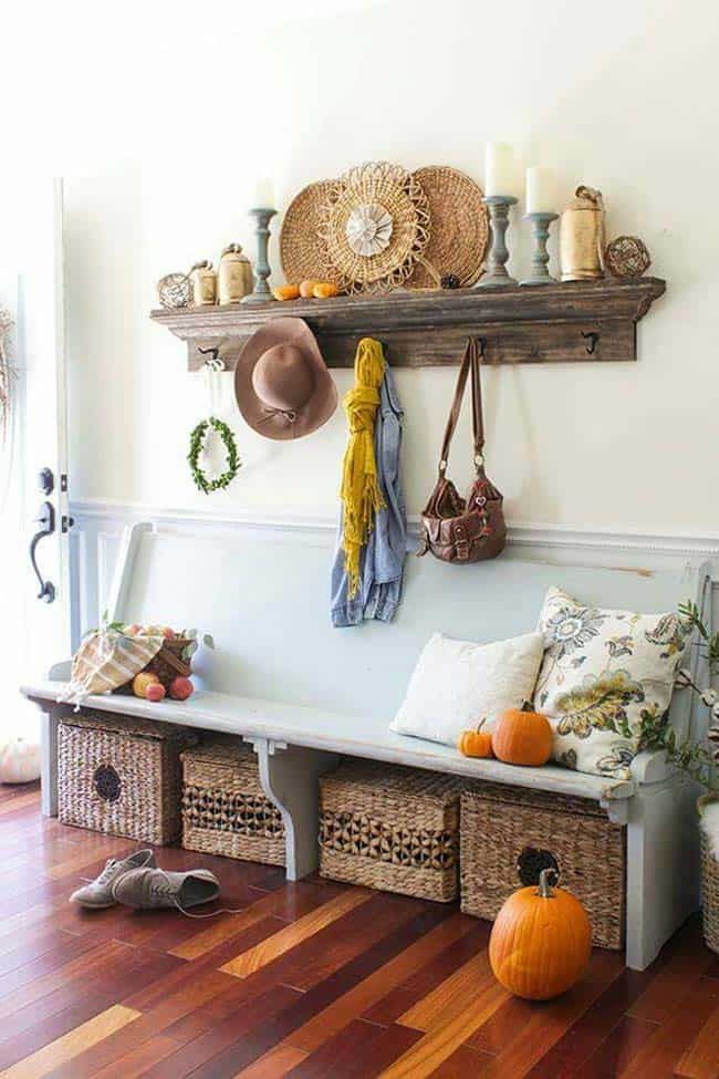 Fall-Inspired Entryway Decorating Ideas-06-1 Kindesign