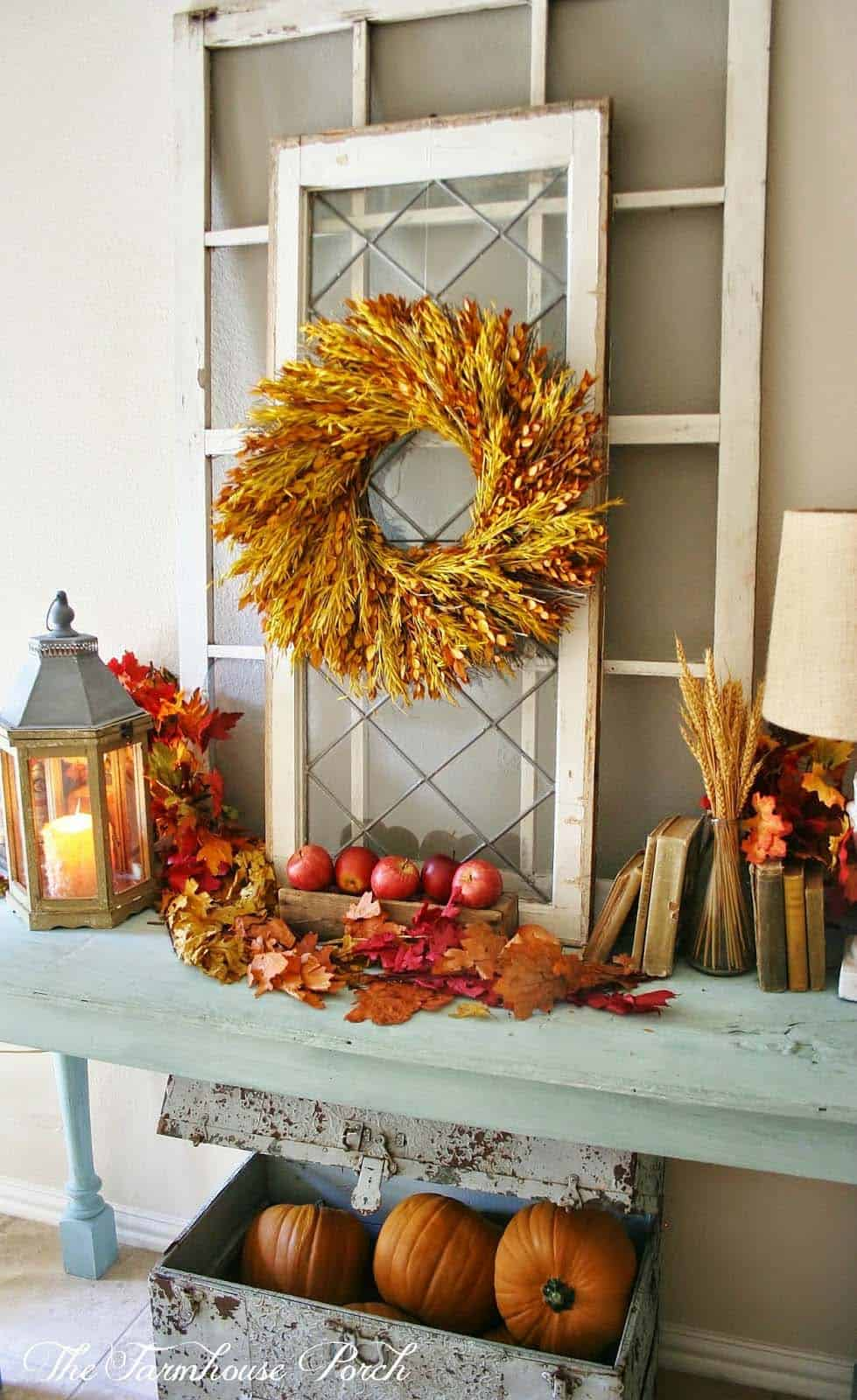 Fall-Inspired Entryway Decorating Ideas-15-1 Kindesign