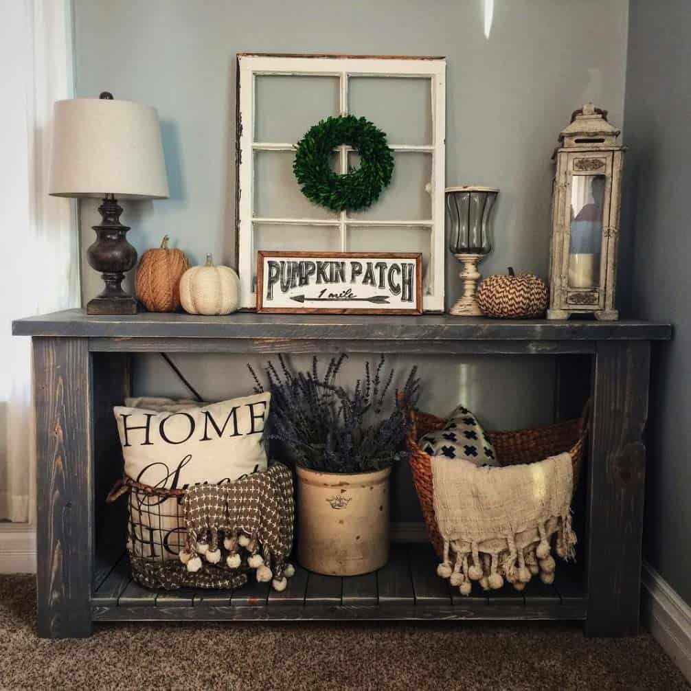 Fall-Inspired Entryway Decorating Ideas-16-1 Kindesign