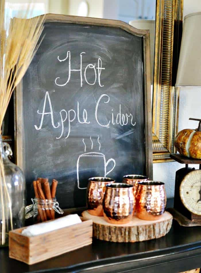 Fall-Inspired Entryway Decorating Ideas-17-1 Kindesign