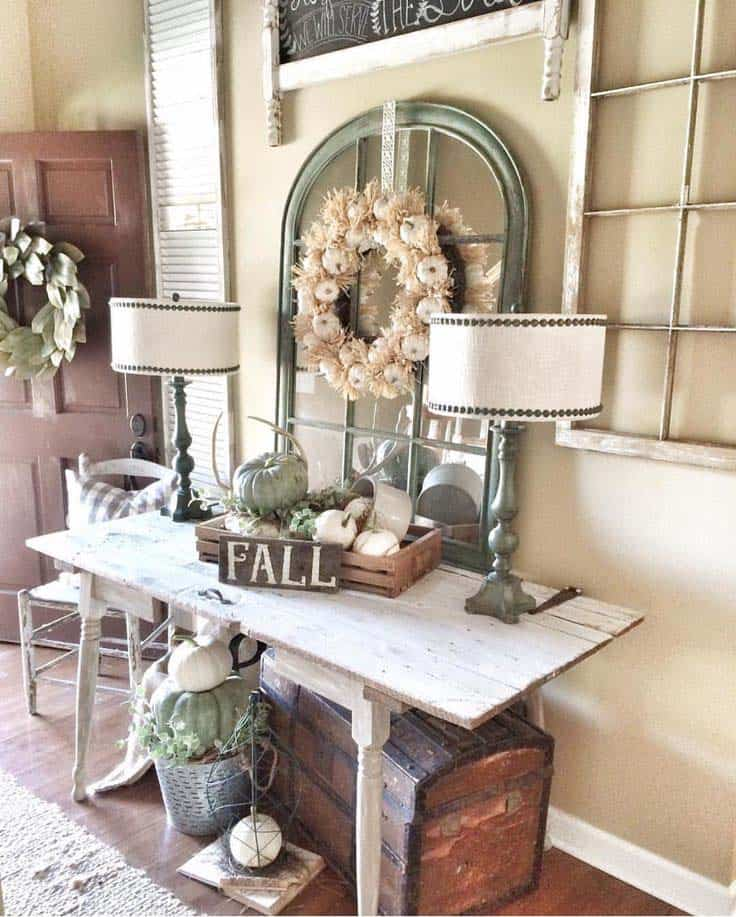 Fall-Inspired Entryway Decorating Ideas-21-1 Kindesign