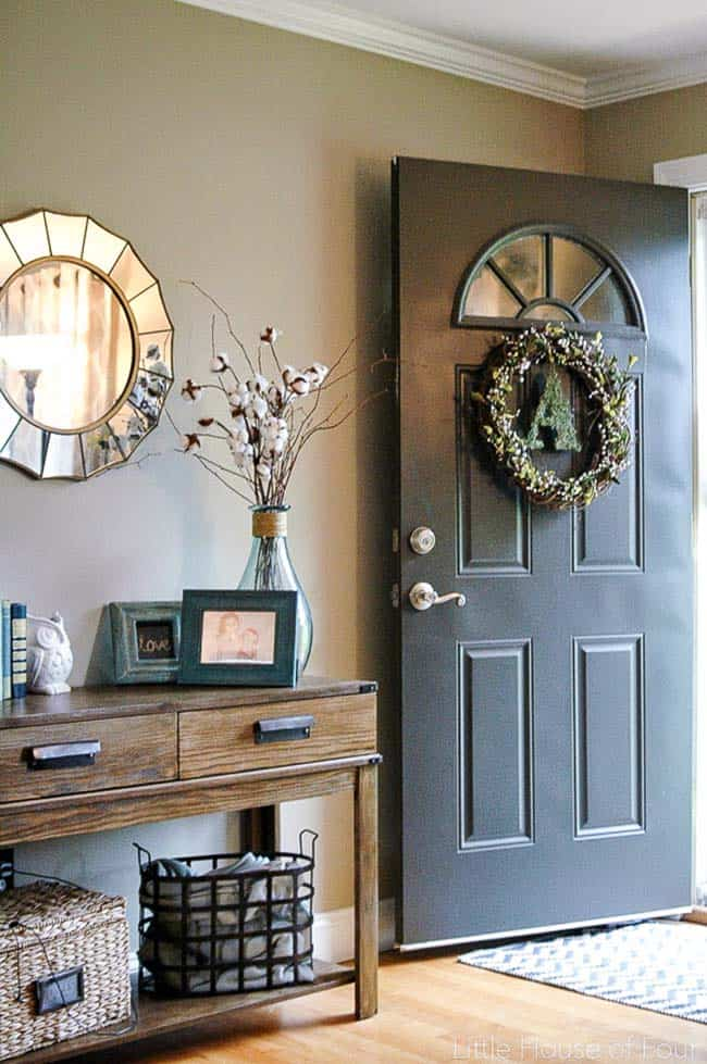 Fall-Inspired Entryway Decorating Ideas-22-1 Kindesign