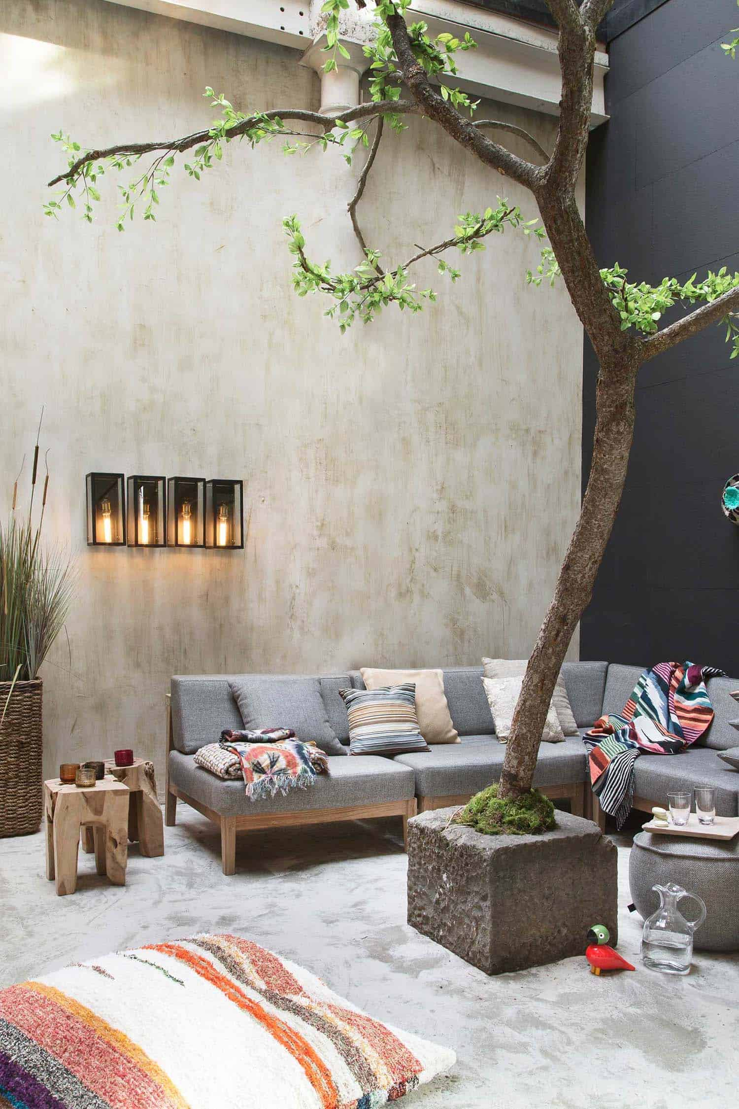 Fall-Inspired Outdoor Living Spaces-27-1 Kindesign