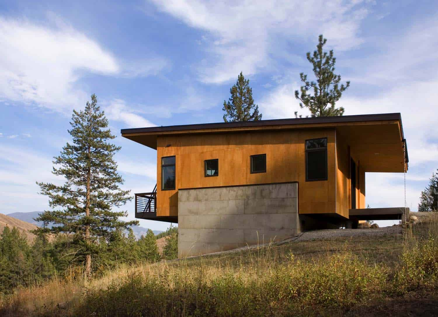 Natural Modern Forest Cabin-Prentiss Balance Wickline Architects-03-1 Kindesign