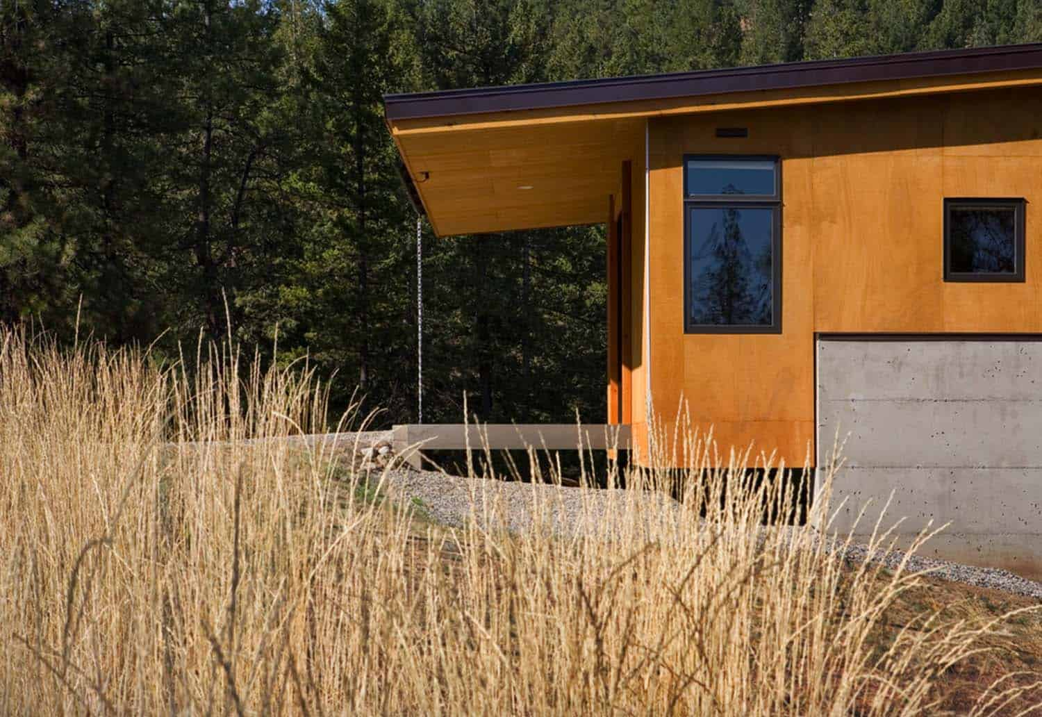 Natural Modern Forest Cabin-Prentiss Balance Wickline Architects-16-1 Kindesign