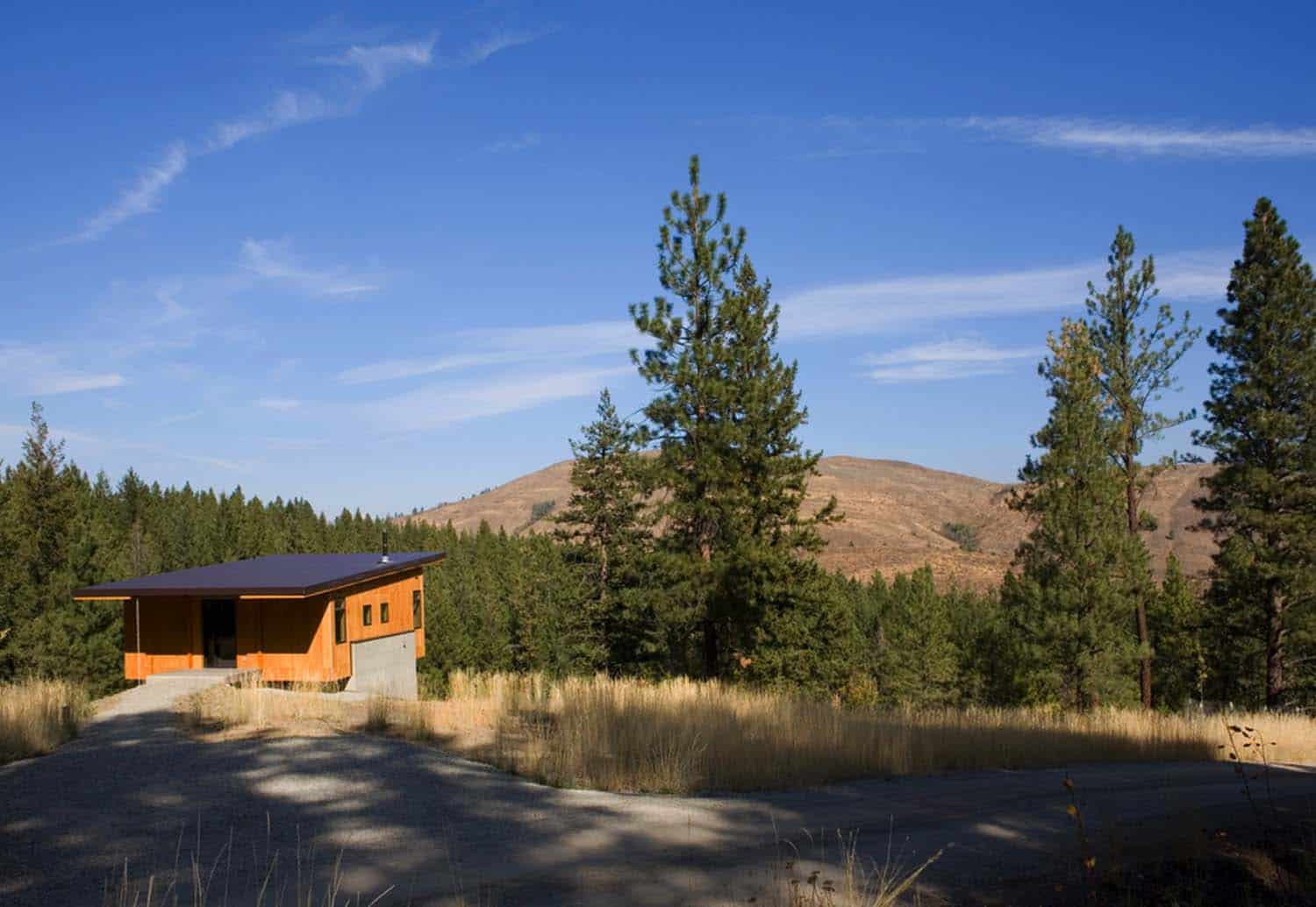 Natural Modern Forest Cabin-Prentiss Balance Wickline Architects-17-1 Kindesign
