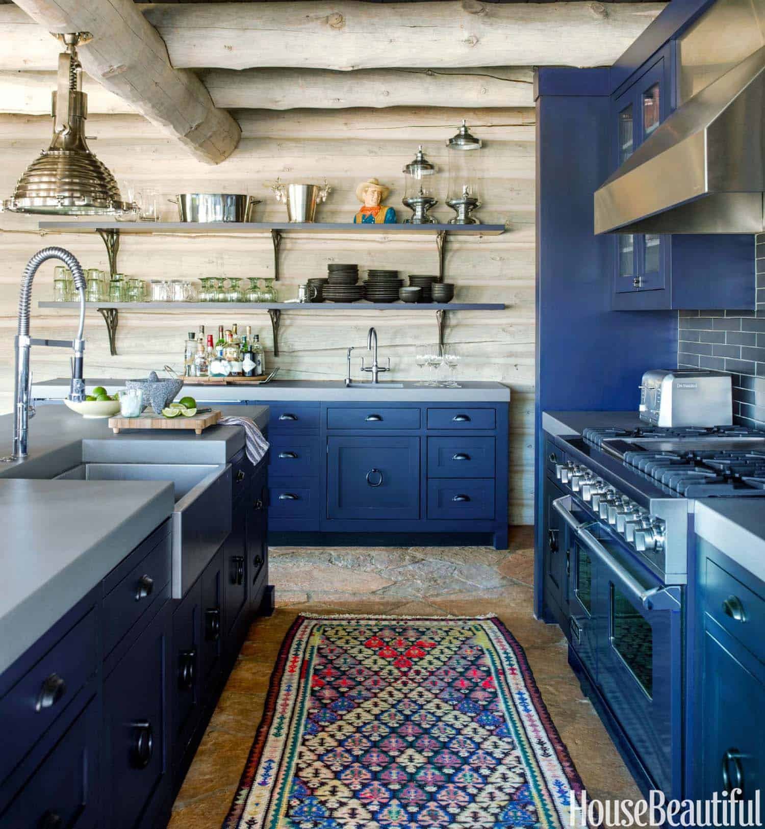 Rustic Log Cabin-Thom Filicia-04-1 Kindesign