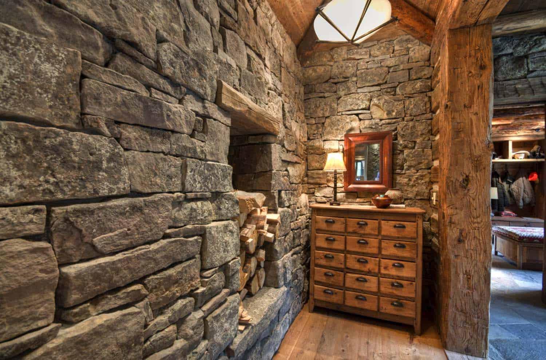 Rustic Mountain Home-Laura Fedro Interiors-24-1 Kindesign