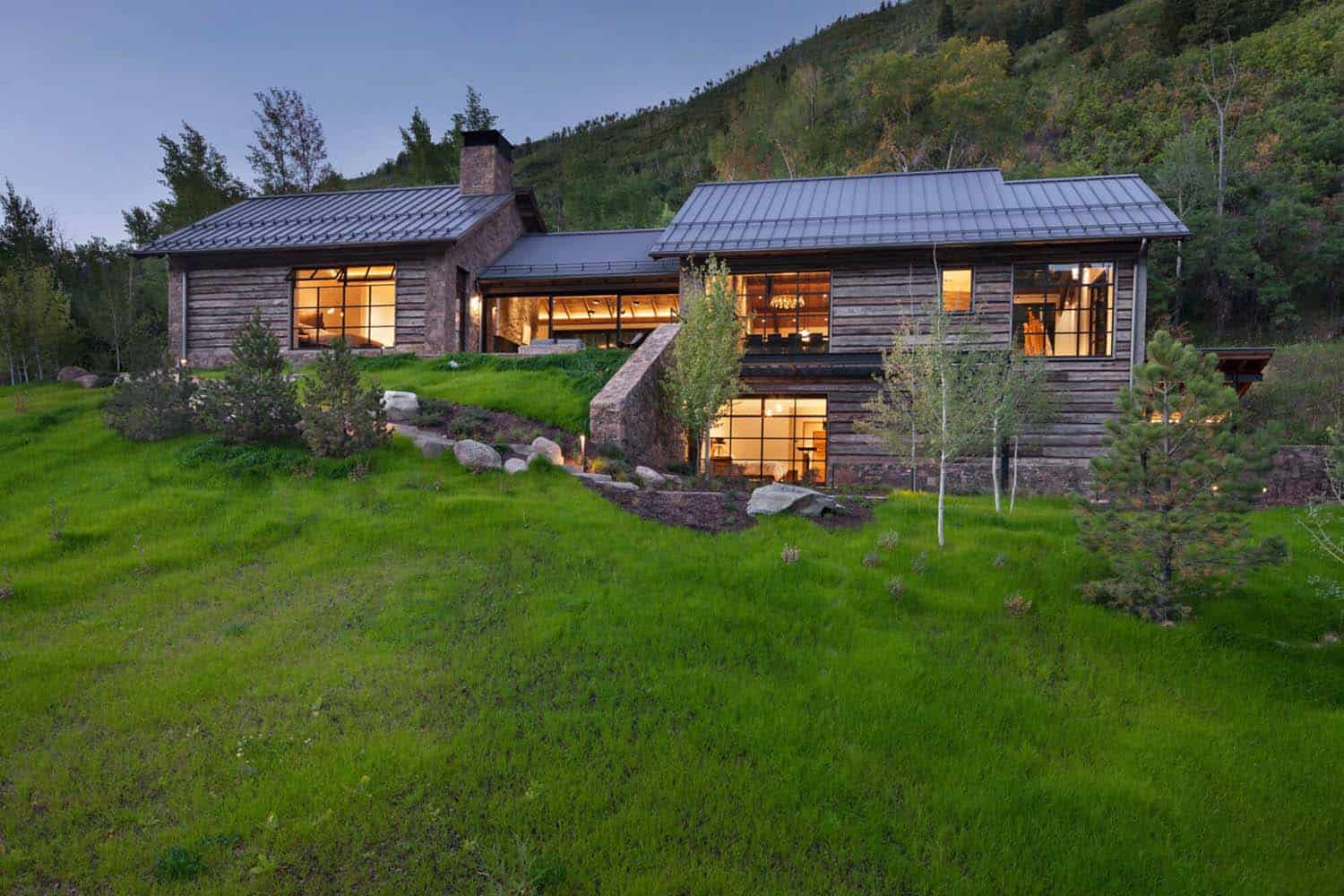 Modern Mountain Home-Miller-Roodell Architects-01-1 Kindesign