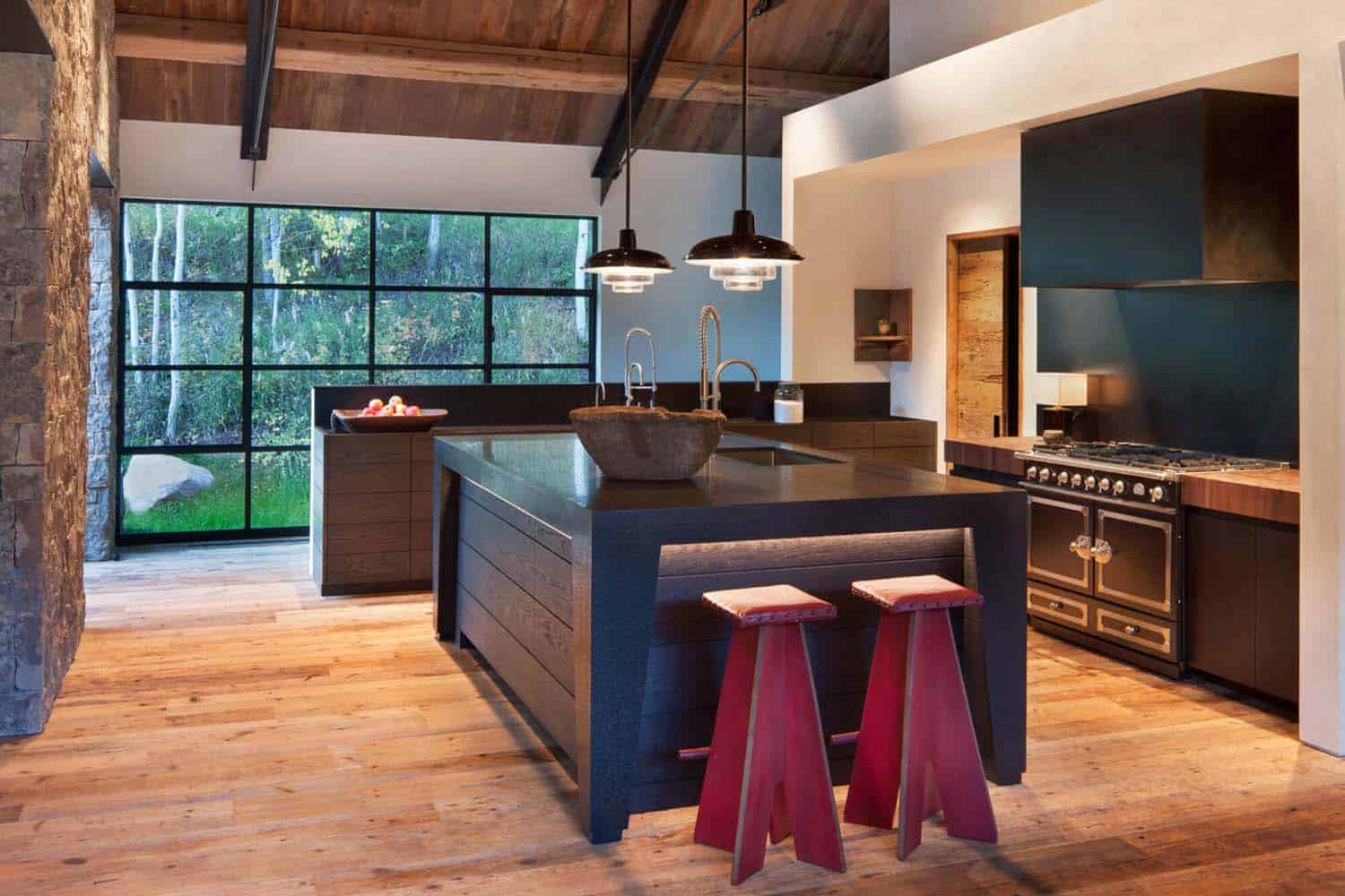 Modern Mountain Home-Miller-Roodell Architects-06-1 Kindesign