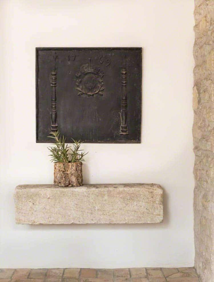 Beautiful Mediterranean Stye Home-OZ Architects-02-1 Kindesign