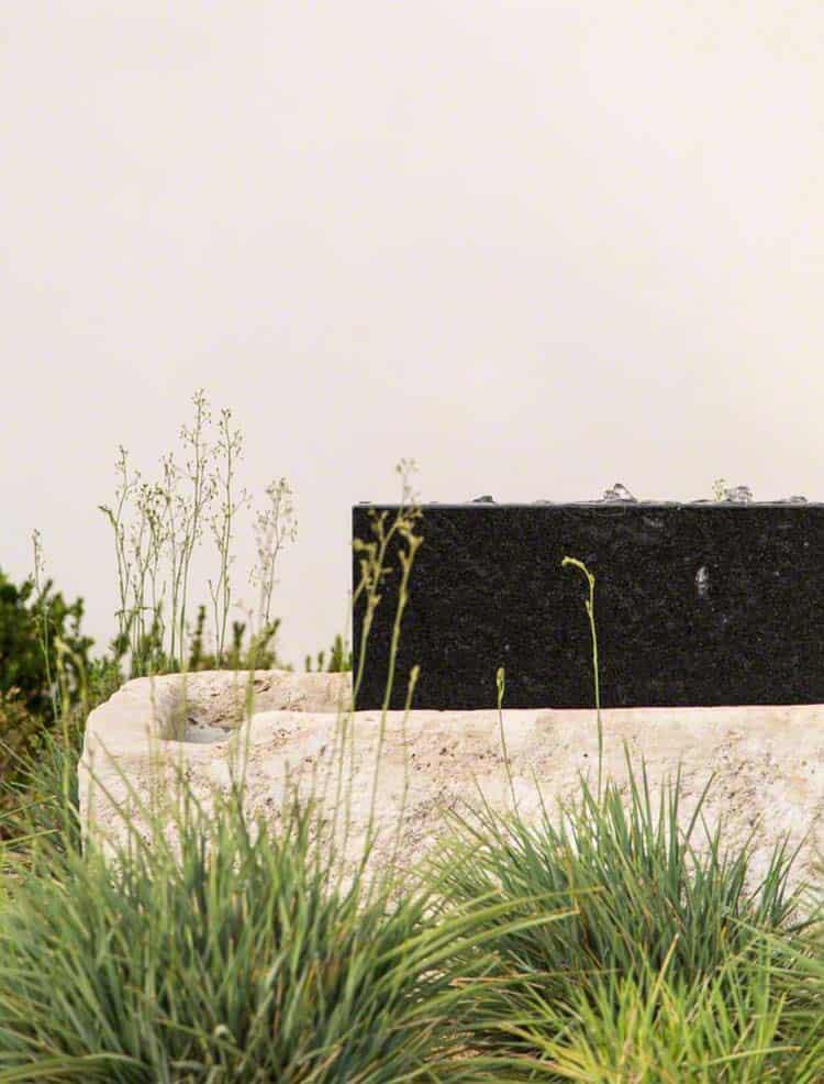 Beautiful Mediterranean Stye Home-OZ Architects-05-1 Kindesign