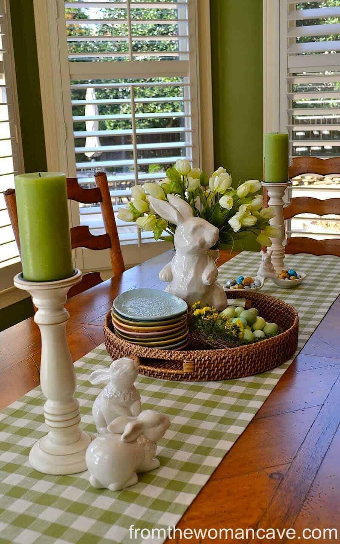 Inspiring Easter Table Centerpiece Ideas-17-1 Kindesign