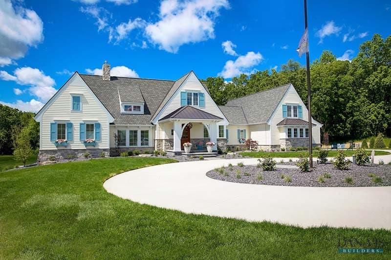 Modern Coastal Plantation Style Home-CVI Design-44-1 Kindesign