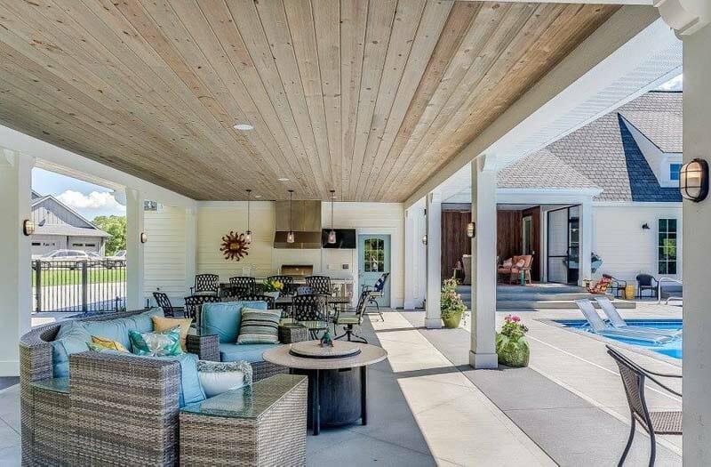 Modern Coastal Plantation Style Home-CVI Design-48-1 Kindesign
