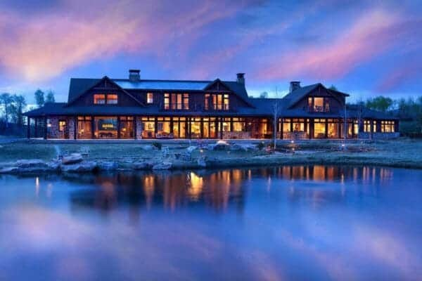 featured posts image for A breathtaking rustic lakeside retreat nestled in Roaring Fork Valley
