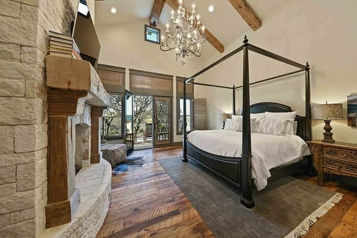 farmhouse-master-bedroom