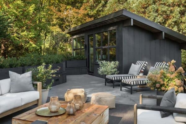 featured posts image for Chic midcentury modern renovation surrounded by woods in Seattle