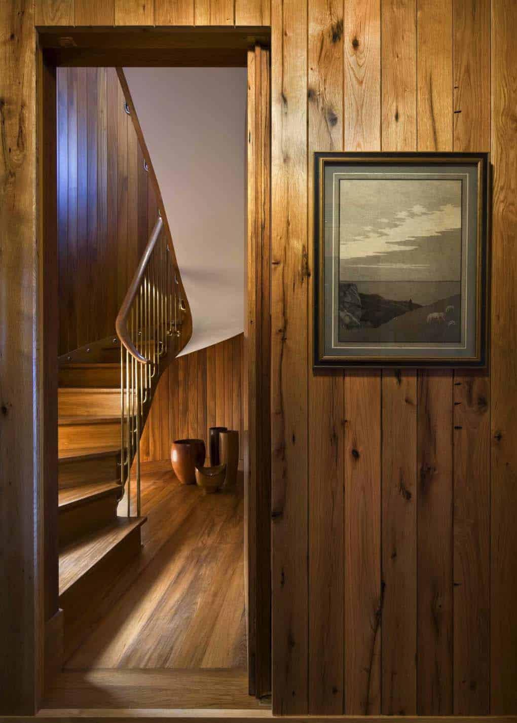 beach-style-staircase