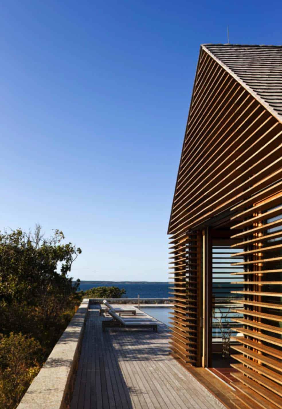 beach-style-poolhouse