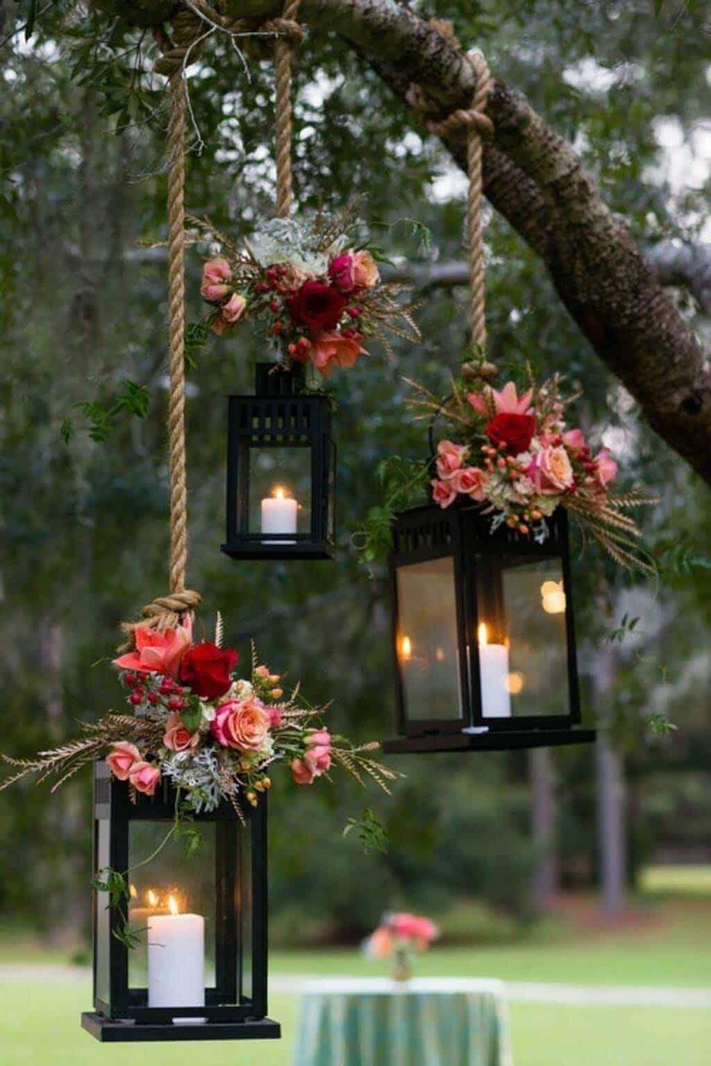 tree-lanterns