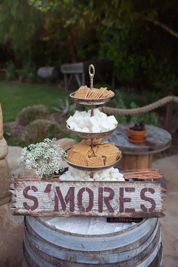 rustic-smores-station