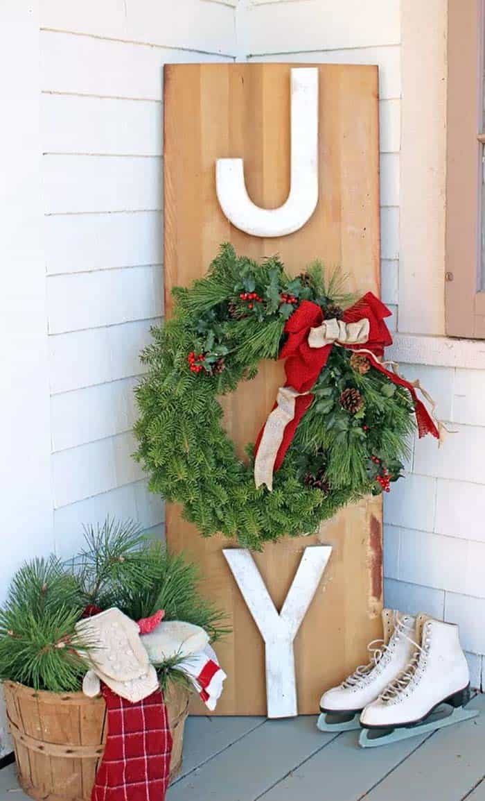 outdoor-christmas-decorations-diy-joy-wreath-sign