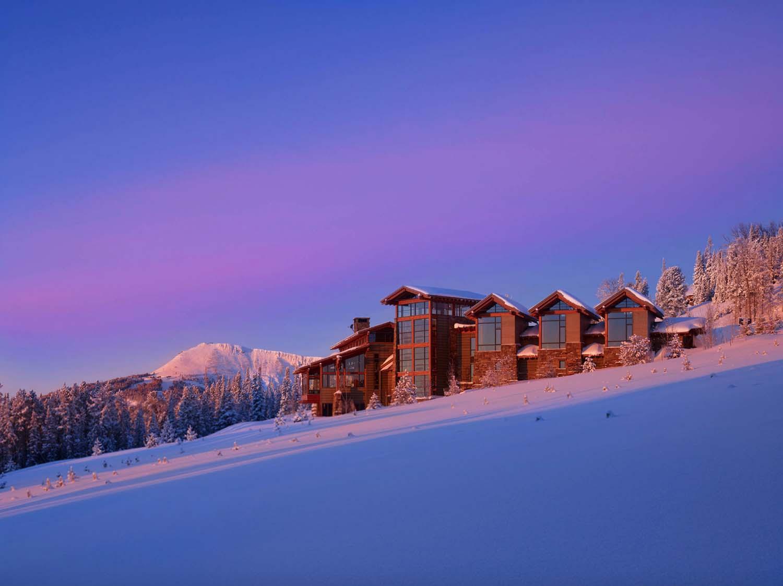 exterior-view-at-sunrise-rustic-exterior