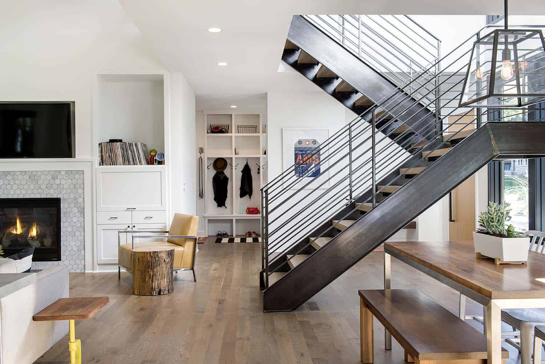 residence-modern-farmhouse-staircase