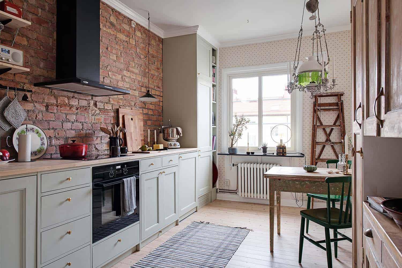 small-apartment-interior-scandinavian-kitchen