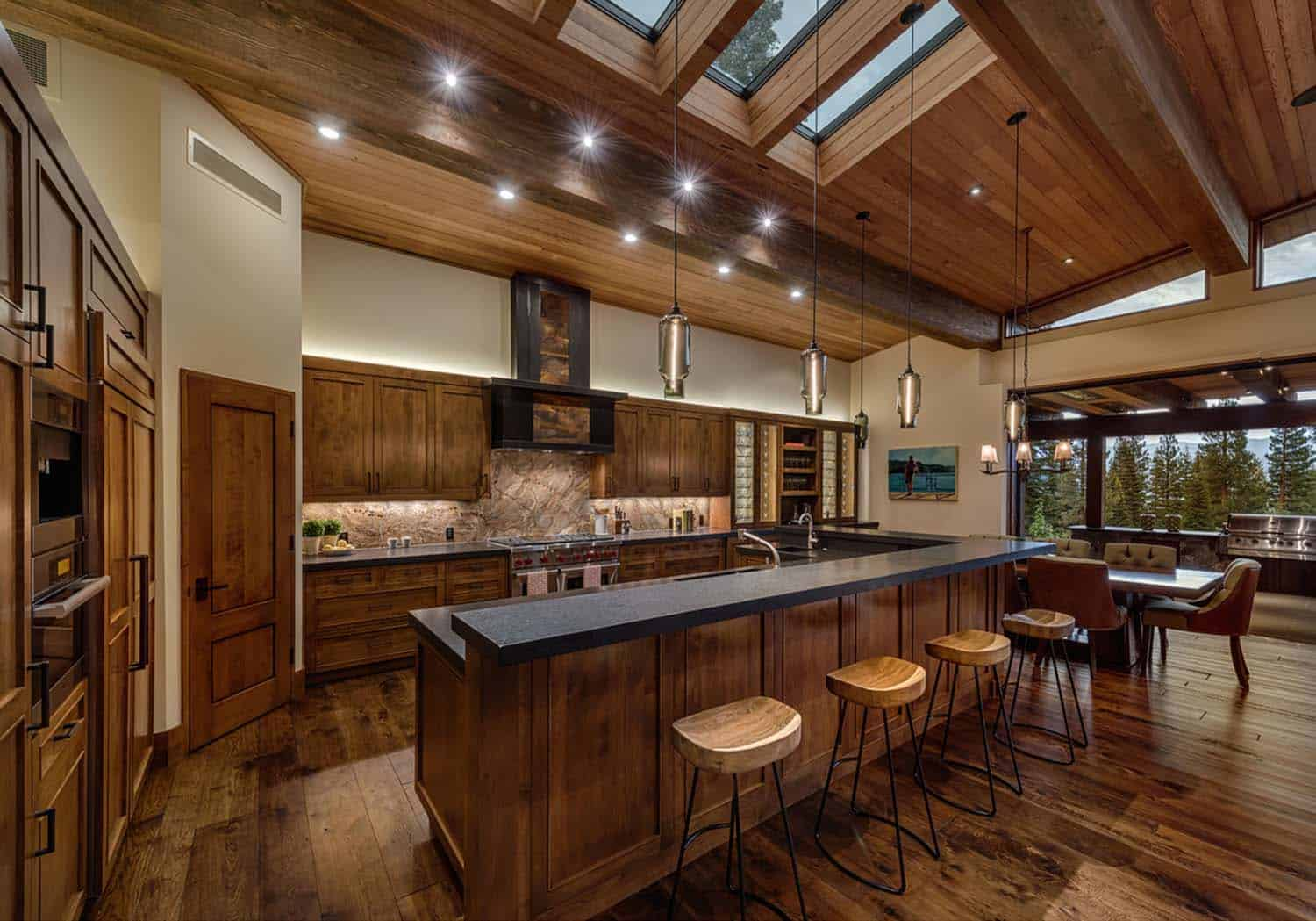 transitional-style-mountain-home-kitchen