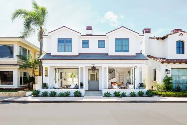 featured posts image for Breezy seaside home encouraging outdoor living in Newport Beach