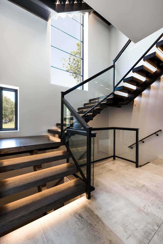 contemporary-home-staircase