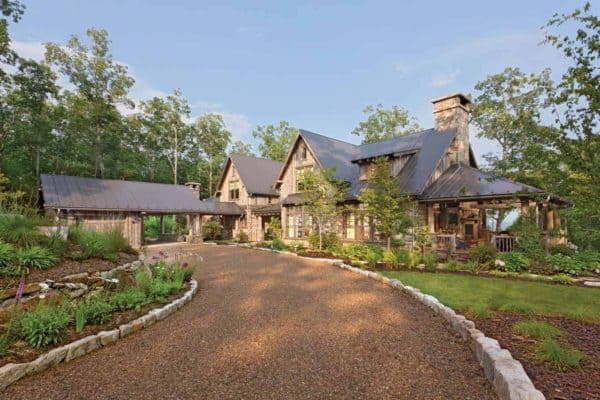 featured posts image for Beautiful rustic home in North Carolina clad in weathered wood