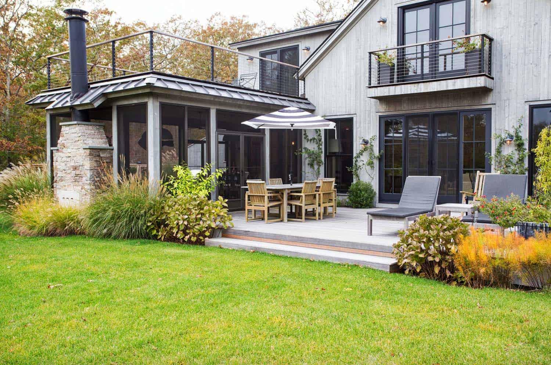 contemporary-barn-home-farmhouse-deck
