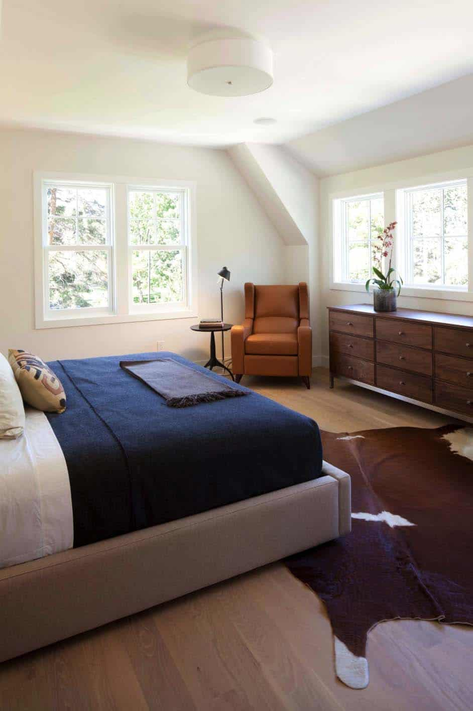 modern-shingle-style-home-master-bedroom