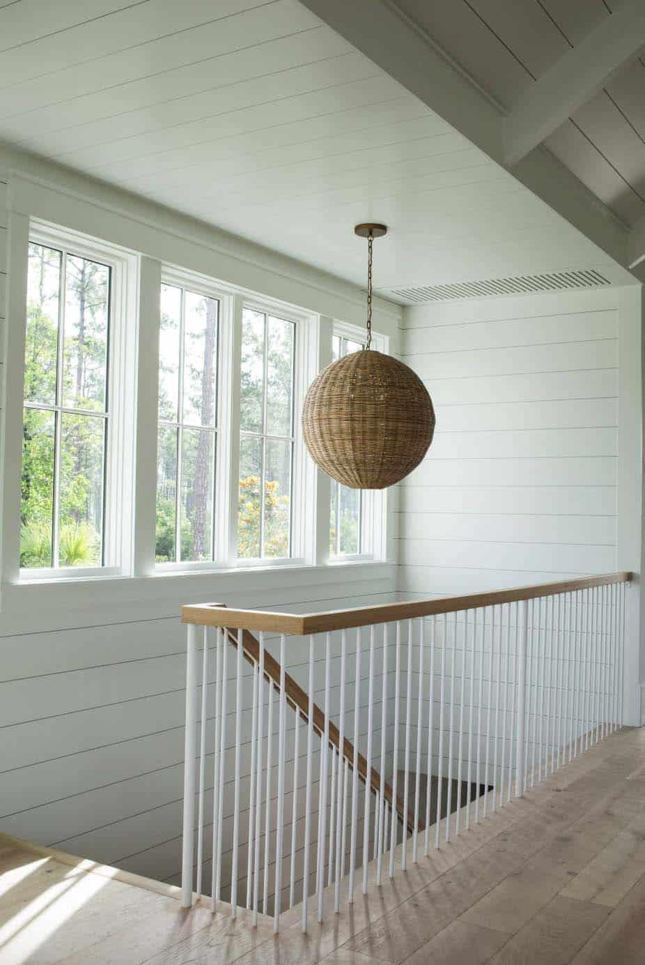 cottage-farmhouse-staircase