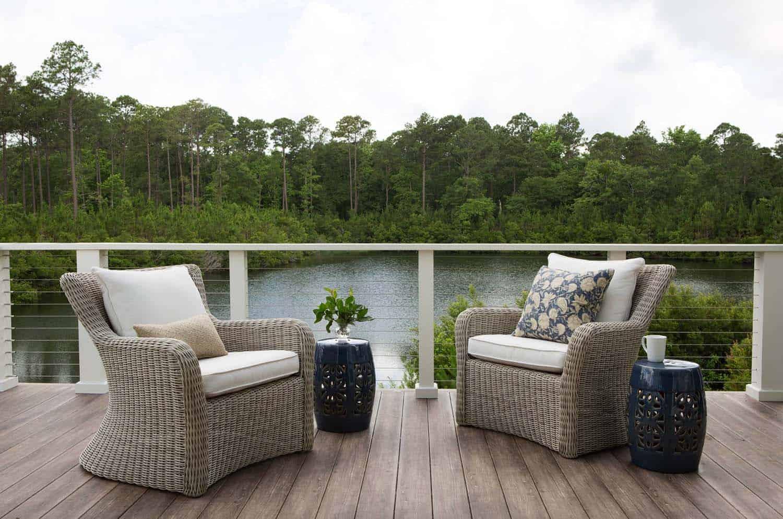 cottage-eclectic-deck