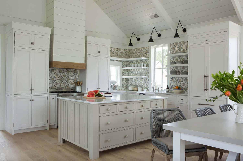cottage-farmhouse-kitchen