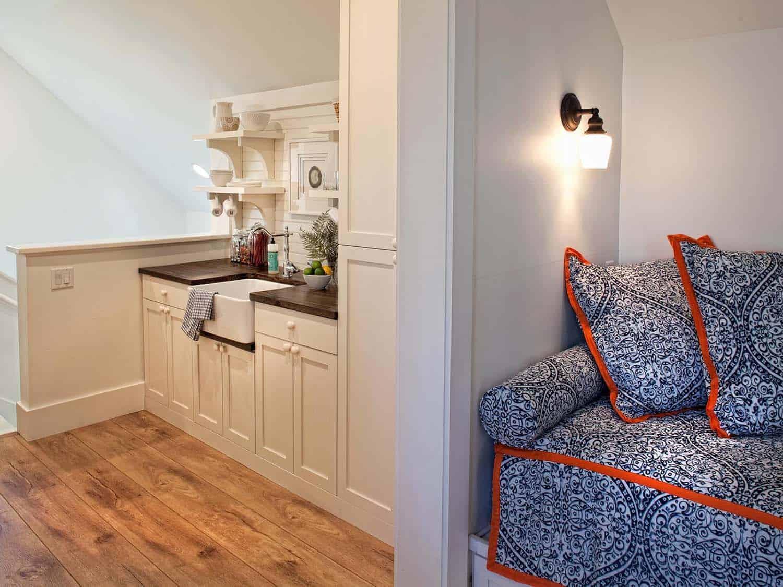 carriage-house-farmhouse-kitchen