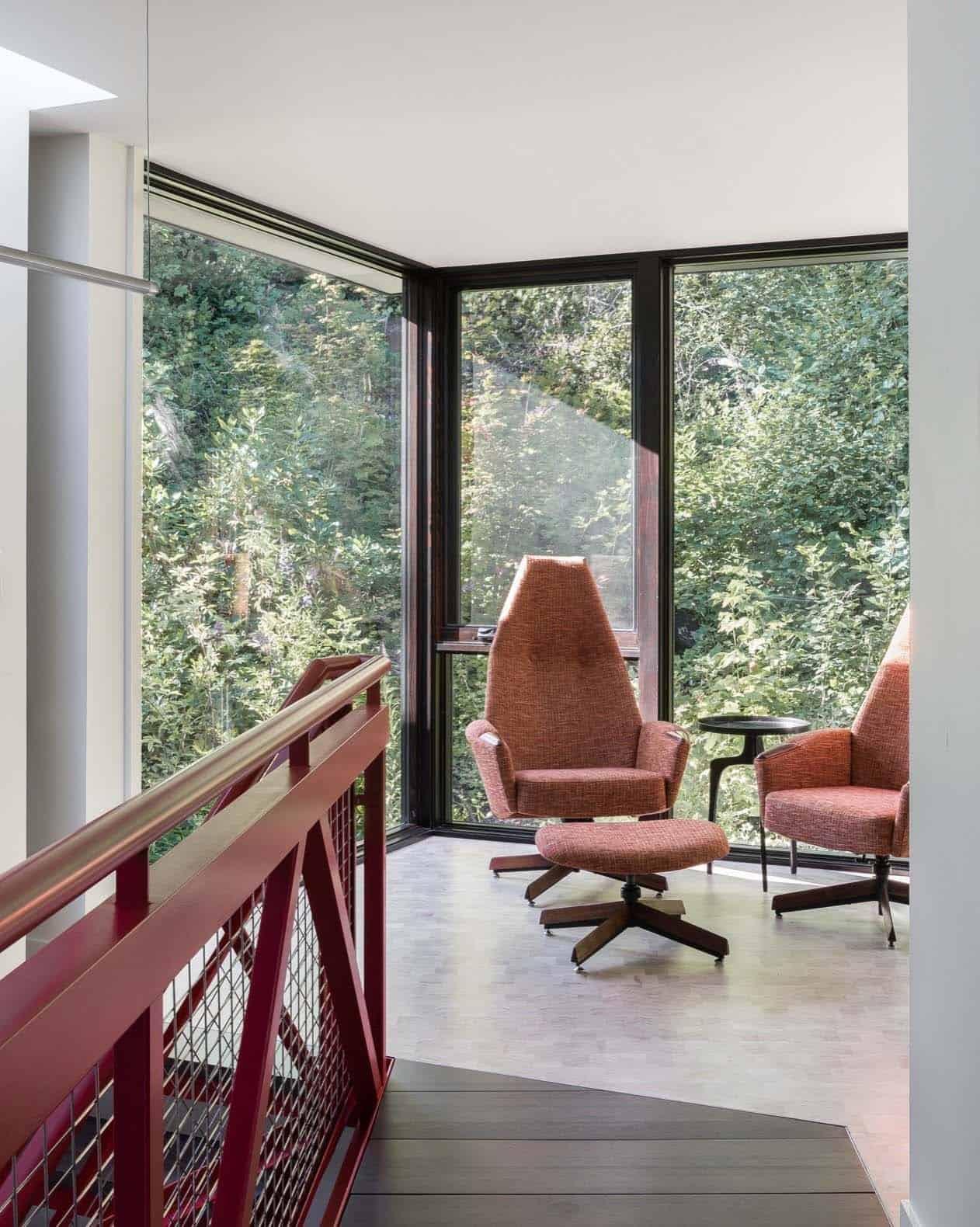 tree-house-modern-sitting-area