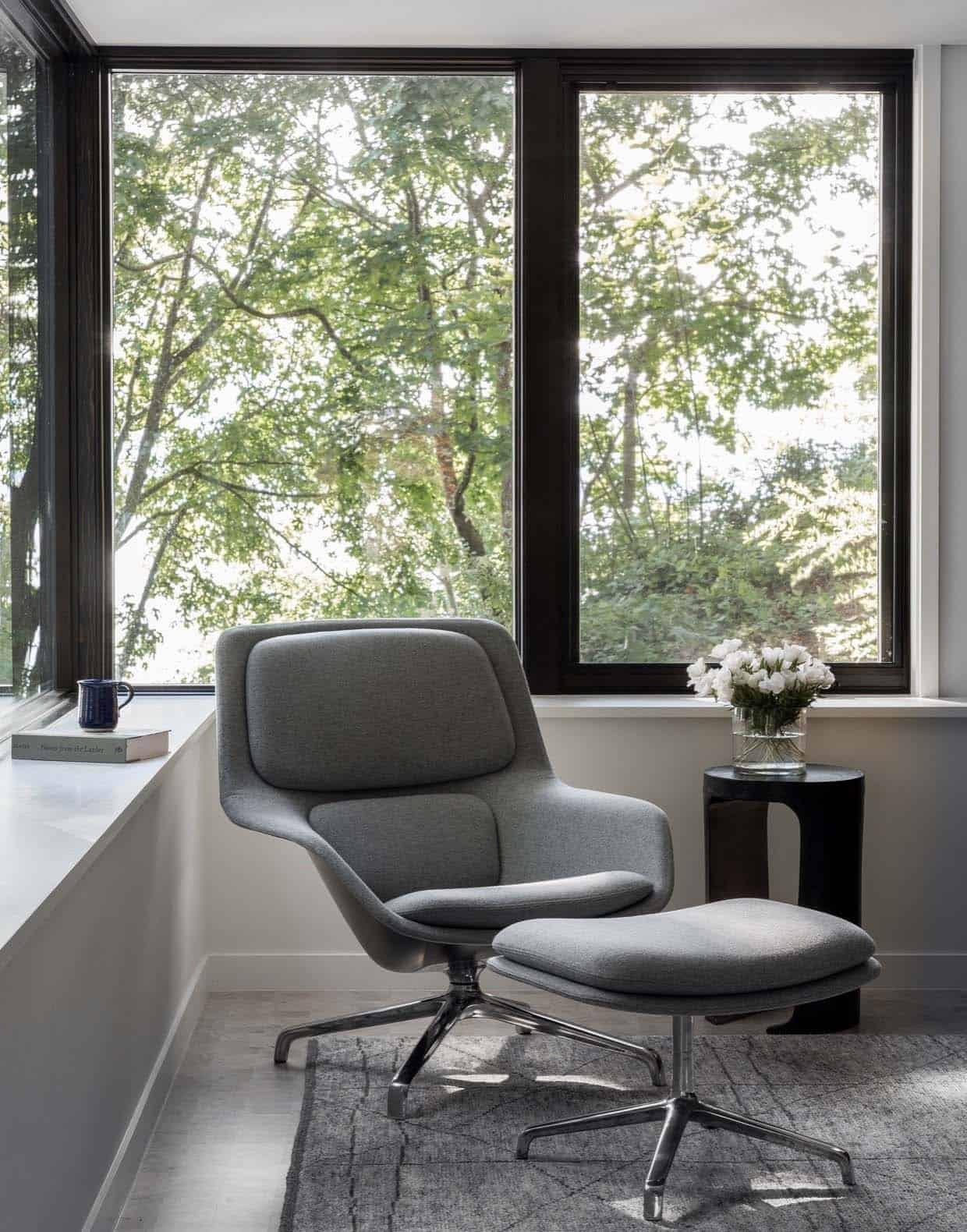 tree-house-contemporary-sunroom