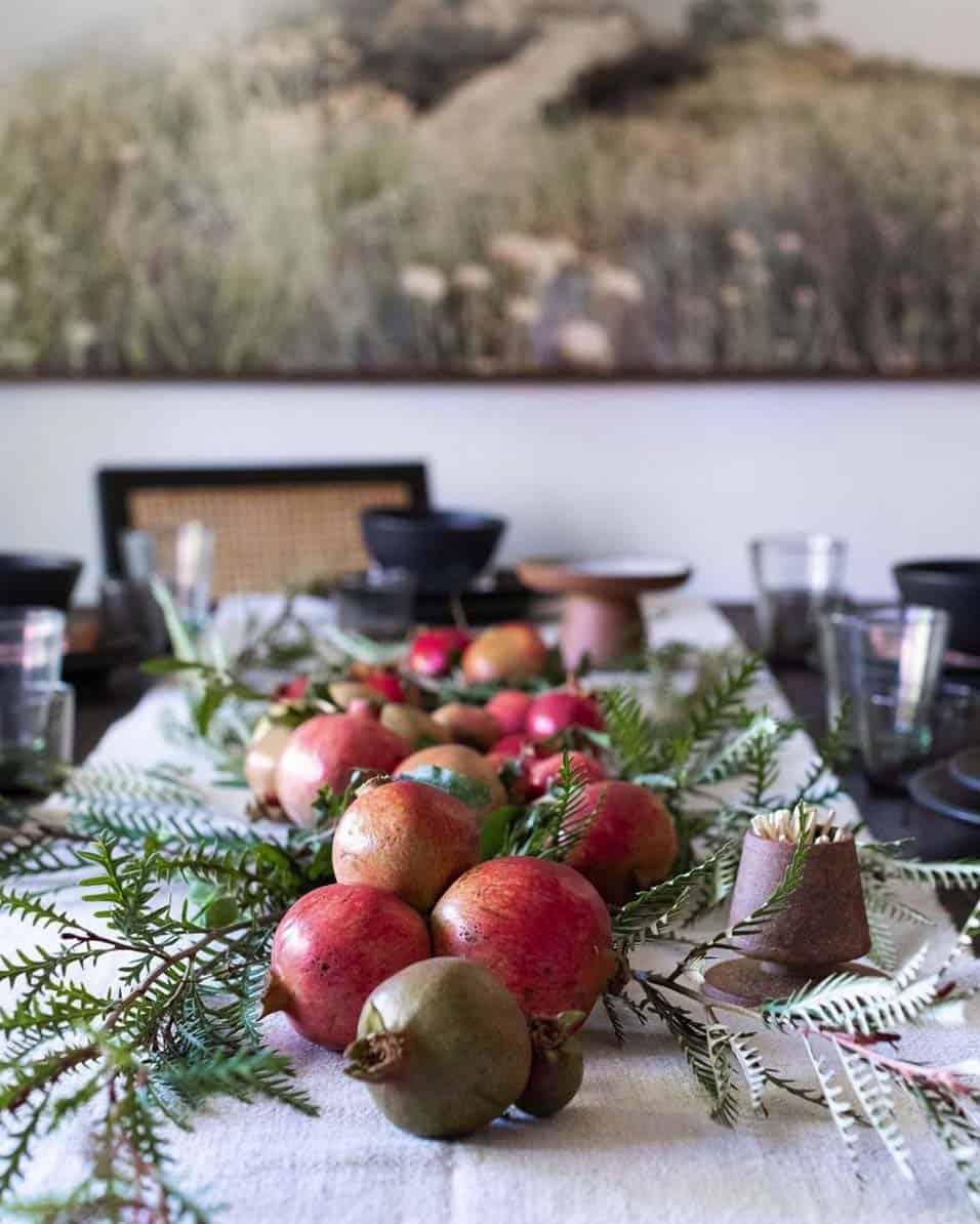 gorgeous-thanksgiving-centerpiece-idea-pomegranates