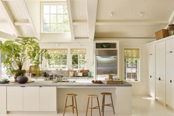 featured posts image for Beautifully refreshed seaside home off the rugged coast of Maine