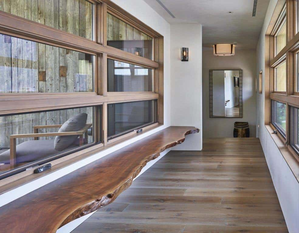 snake-river-canyon-residence-contemporary-hall