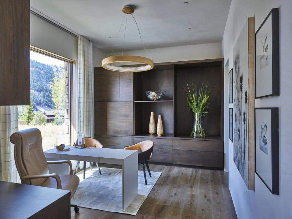 snake-river-canyon-residence-contemporary-home-office